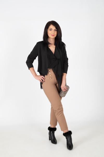 Mujer-Pantalón-VILMA-con-talle-alto-y-botones-dorados