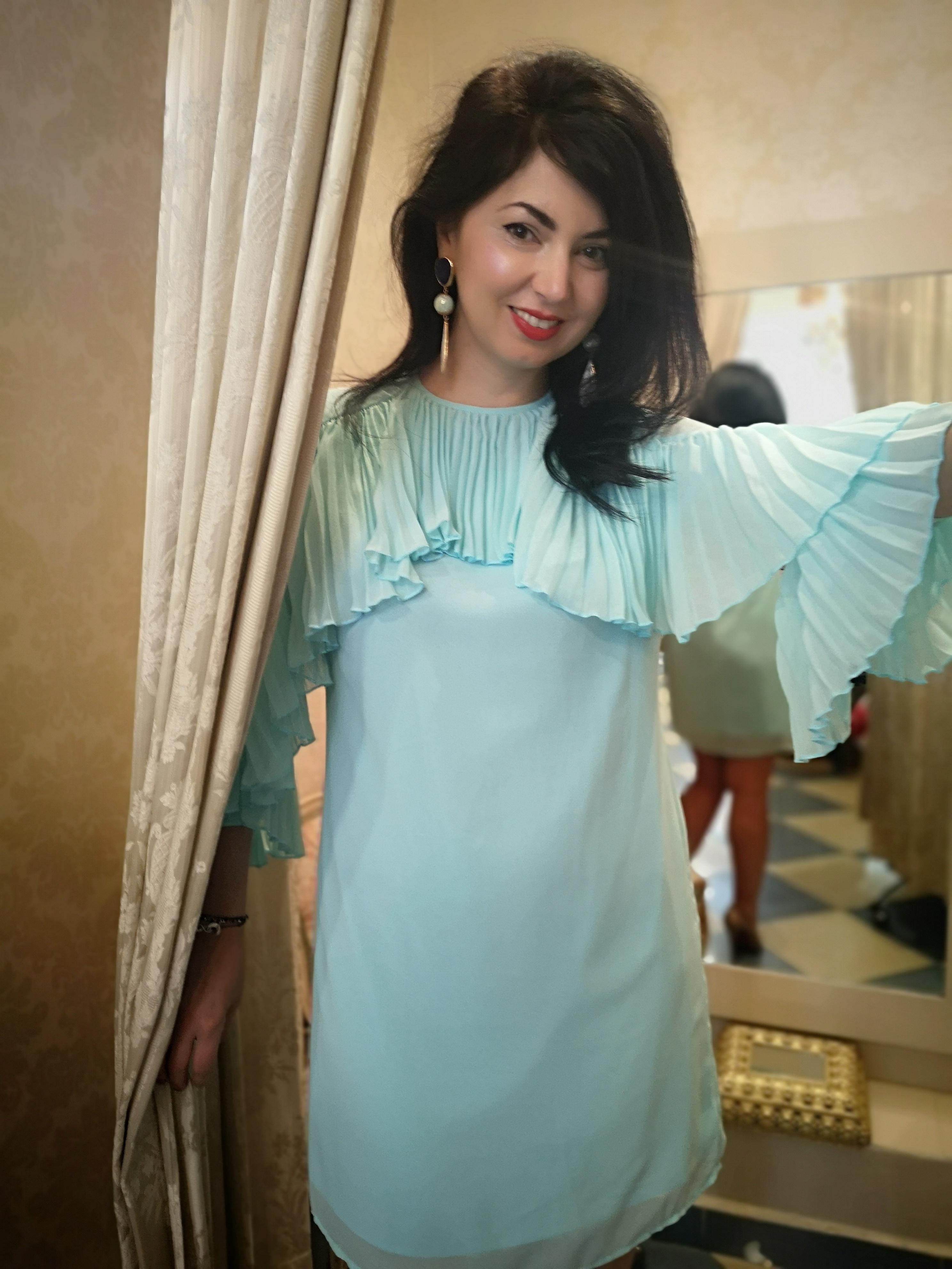 vestido- mangas- pliadas-color azul